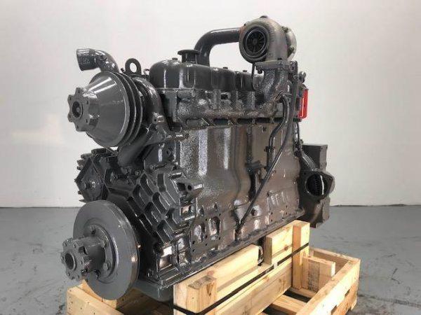 Komatsu S6D105-1 Engine
